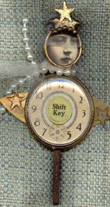 Assemblage doll : Shift Key