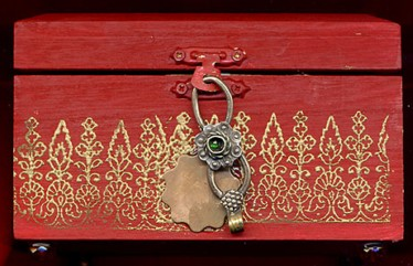 Sylvia Mahony CA, decorated wooden Indian box