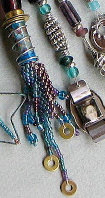 Necklace blue detail