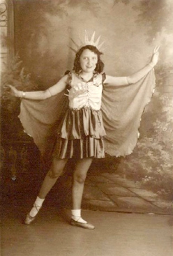 Vintage Photo, girl in Liberty costume